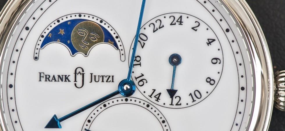 Armbanduhr mit Mondphase, kleiner Sekunde und zweiter Zeitzone
