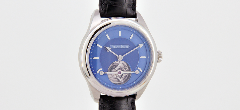 Tourbillon watch with automatic winding